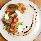 tomato burata salad
